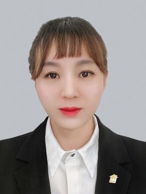 我爱我家经纪人王霞